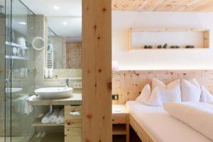 Bad Zimmer Hotel Montafoner Hof